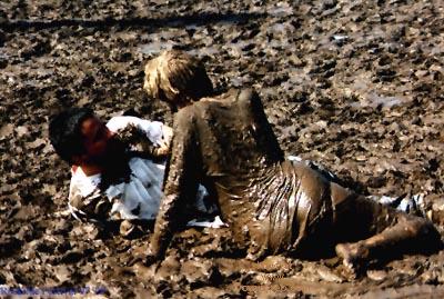 Pic #6 - Mud Festival