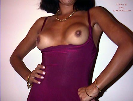 Pic #3 - Mi      Esposa Only 34 yrs Old