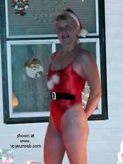 Pic #5 - Dianna      Merry Xmas
