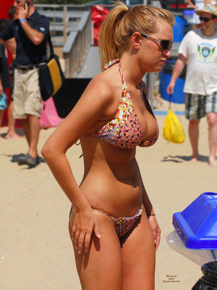 Beach Voyeur: Bikini Busters 2 , Huge Boobs In Small Bikinis Can Be As Sexy As Topless Beach Chick!