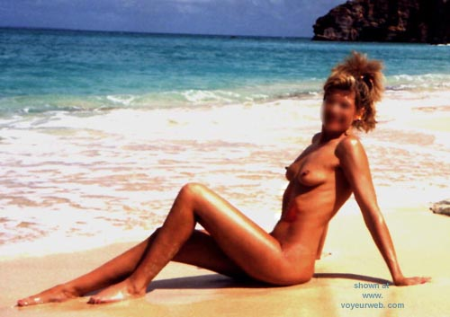 Pic #6 - Sondra at the Beach