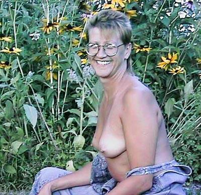 Pic #4 - Mrs. Pinkmugs