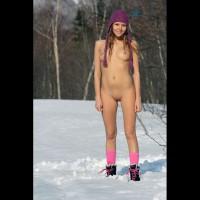 Nude Girlfriend:*MFF Help Snow Melt