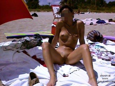 Pic #6 - Veronica      Beach 2