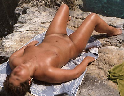 Pic #4 - Wife      Sunning