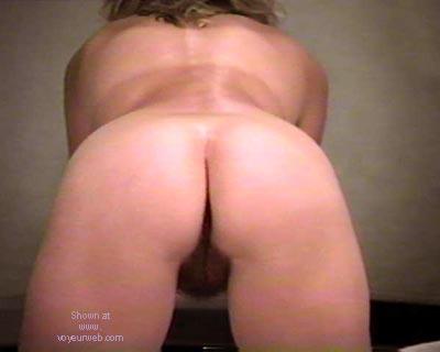 Pic #2 - 39      yo wife V
