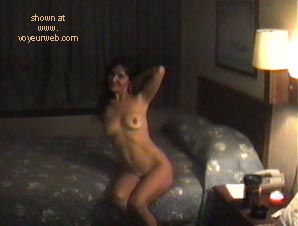 Pic #6 - Jeanie      Gets Naked