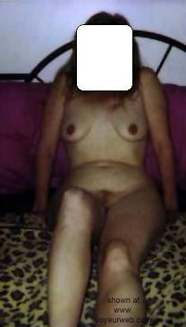 Pic #2 - Horny      Wife