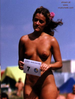 Pic #4 - Miss      Nude Hungarian