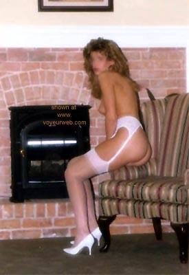 Pic #7 - Sondra      at the Inn 1