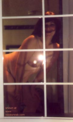Pic #7 - Ample      in the Window