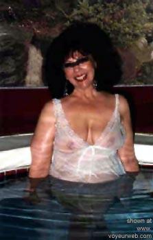 Pic #4 - Pauls      Swinger Wife