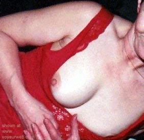 Pic #5 - Elaines      Nips