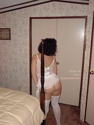 Pic #6 - Posing      in Lingerie