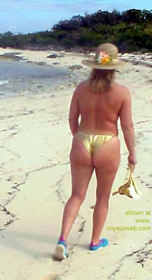 Pic #2 - Mary      Ann on the Beach 3