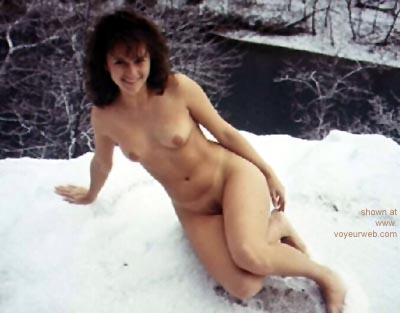 Pic #1 - Snowbunny      Brandi
