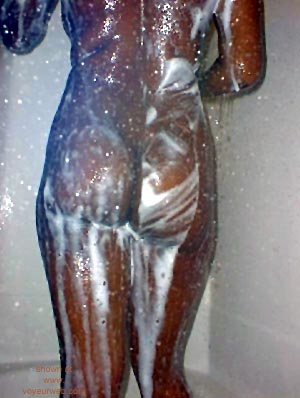 Pic #7 - DeAnn      in the Shower