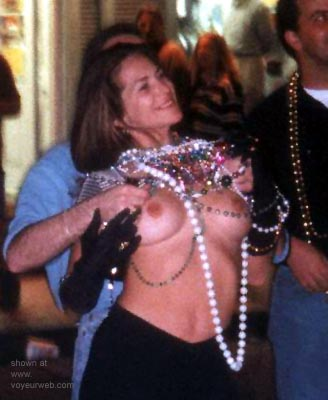 Pic #1 - More      Mardi 99