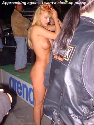 Pic #7 - Erotica      In PG