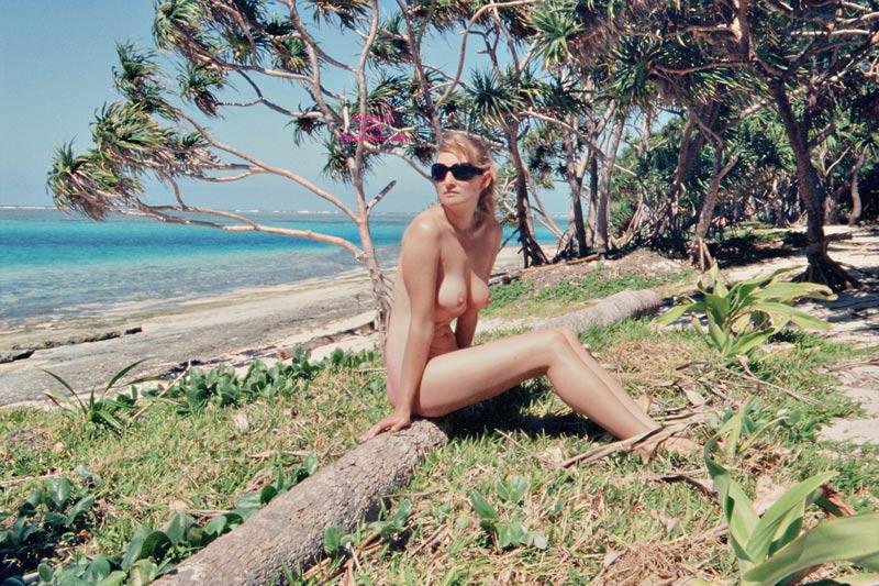 Celeb Free Voyeur Nude Wife Girlfriend Photos
