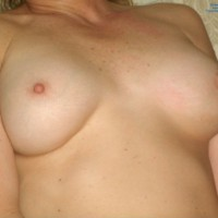 Nude Amateur:Wifes First Time