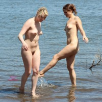 Beach Voyeur:*VG Girl Photographing Girl