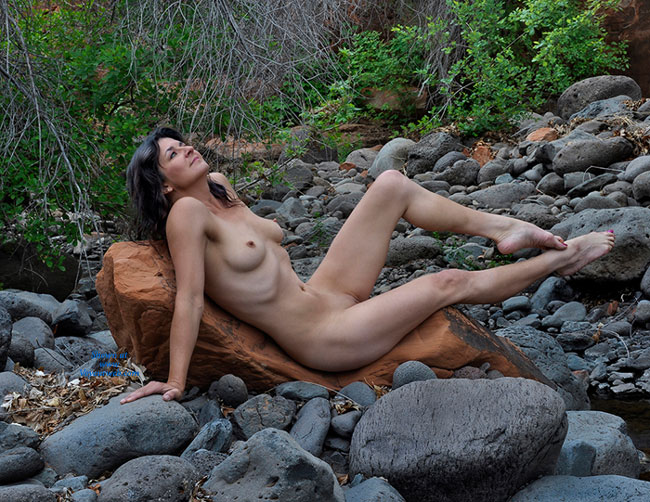 Pic #1 Nude Wife: Red Canyon - Nude Wives