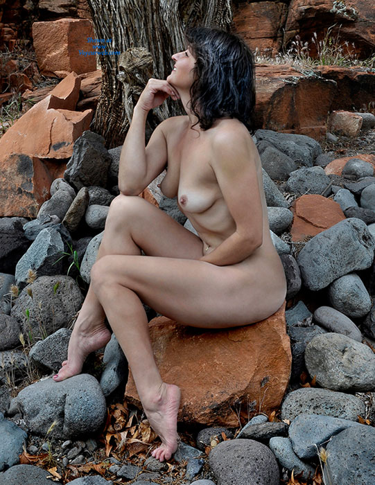 Pic #2 Nude Wife: Red Canyon - Nude Wives