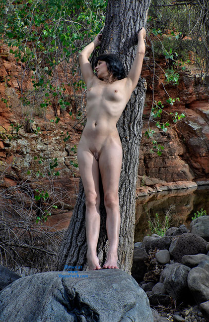 Pic #4 Nude Wife: Red Canyon - Nude Wives