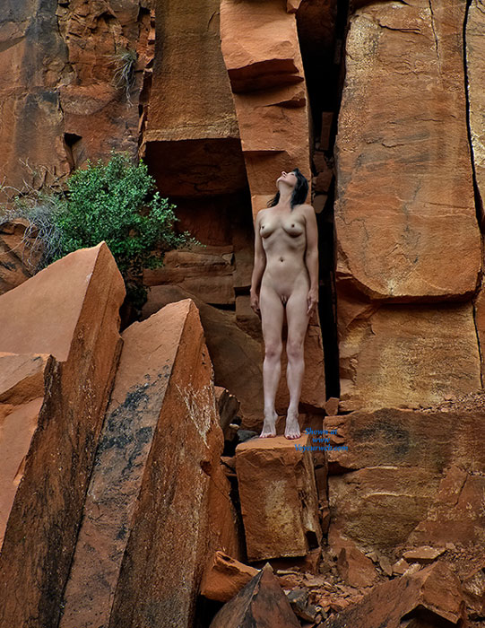 Pic #9 Nude Wife: Red Canyon - Nude Wives