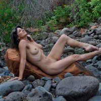 Nude Wife: Red Canyon