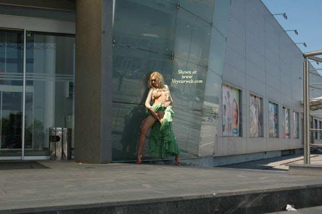 Pic #1 - Outside Flash - Exposed In Public , Outside Flash, Green Dress, Leggy Blond, Finger Fucking, Exposed In Public, From Far Away, Flashing Tits And Pussy