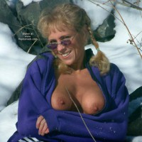 Sunglasses - Erect Nipples, Flashing Tits, Sunglasses