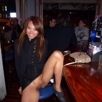 Flashing Pussy in Bars and Restaurants in Hong Kong 3