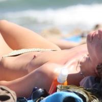 En Vacance - Beach Voyeur