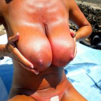 Vi Voglio - Beach, Big Tits, Public Exhibitionist, Outdoors, Public Place
