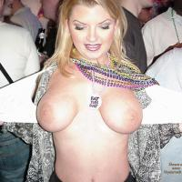 Flashing Tits - Public Place, Big Tits, Flashing Tits