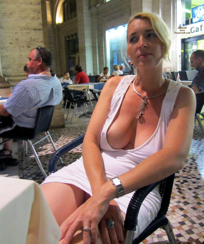 Pic #1 - Rome - Big Tits, Blonde Hair, Exposed In Public, Nude In Public, Dressed , It Was Hot In Rome