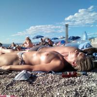 Topless Croazia - Beach