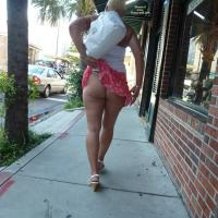 Blondie Up at Market - Blonde, Public Exhibitionist, Public Place, Flashing