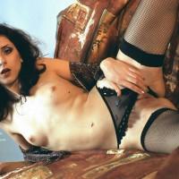 Alia Opens Her Legs