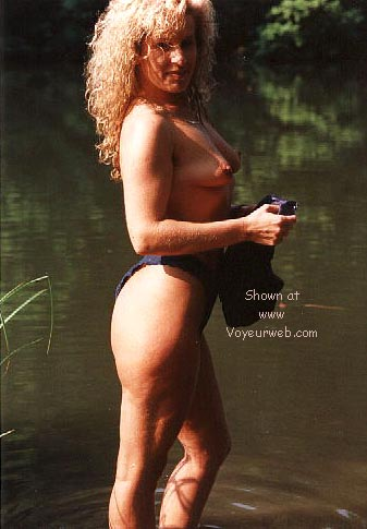 Pic #6 - Candy's first nudes at the fishing pond >2<