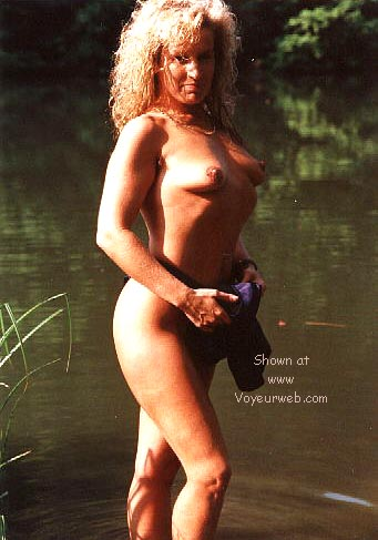 Pic #7 - Candy's first nudes at the fishing pond >2<