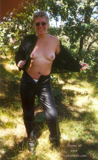 Pic #4 - Too Hot For Leather