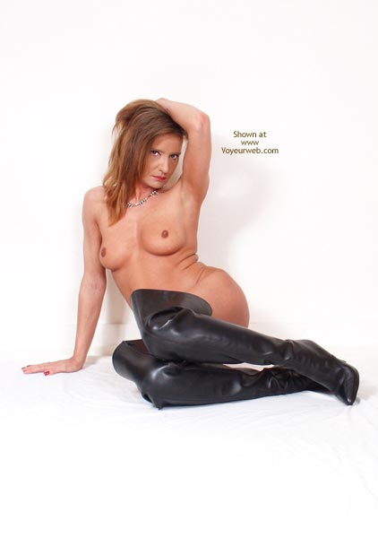 Pic #8 - Susy Rocks...In Leather