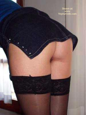 Pic #3 - Jeans Upskirt