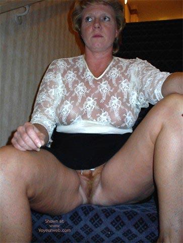 Pic #9 - Rhonda Flashing In Hotel Lobby
