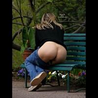 Milf Exposing Hot Ass On Park Bench - Flashing, Milf