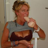 Horny Woman - Big Tits, Mature, Toys