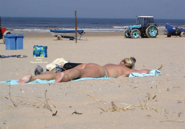 Pic #1 - Dutch Beach , As A Real Thong- And Buttlover I Spotted Two People At One Day On The Coast Of Holland; Lucky Me!